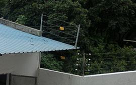 南通宏平服裝廠脈沖電子圍欄系統